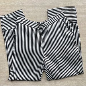 Who What Wear Black & White Striped Satin Pull On Pants Cropped